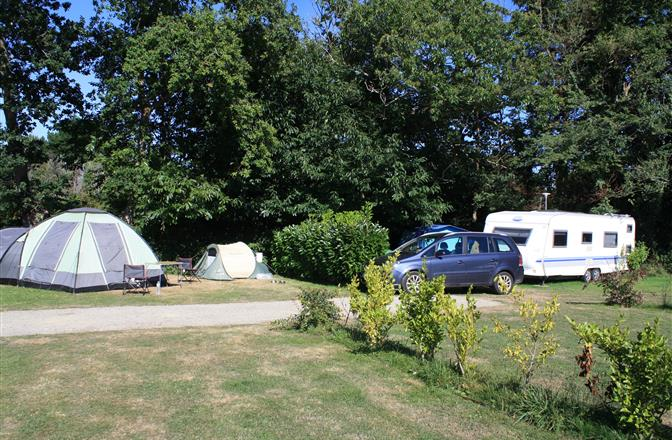Emplacement camping, tente, caravane, Camping Fouesnant proche mer